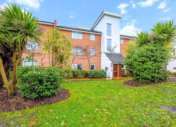 2 bed flat for sale in Parsons Close, Aldershot, Hampshire GU11