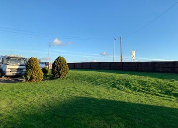 Thumbnail Studio to rent in Sundon Road, Toddington, Chalton Village, Bedfordshire