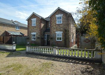 Thumbnail 4 bedroom detached house for sale in Fairfield Way, Halstead