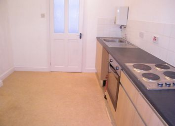 Thumbnail Flat to rent in Lower Market Street, Penryn