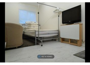 Thumbnail Studio to rent in Garage Room, Mitcham
