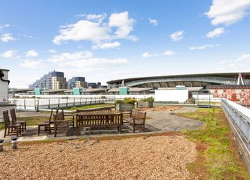 Thumbnail 2 bed flat for sale in Drayton Park, London