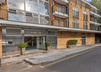 Bourne Place, London W4. 1 bed flat