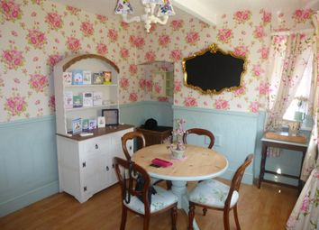 3 bed semi-detached house to rent in Mount Avenue, Great Houghton, Barnsley S72