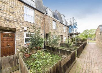 Thumbnail 3 bed property for sale in Rosetta Close, London
