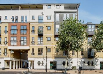 Bowes Lyon Hall, London E16. 2 bed flat