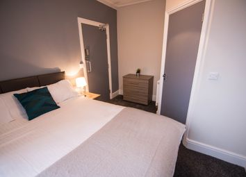 Thumbnail 5 bed shared accommodation to rent in Sheals Crescent, Maidstone