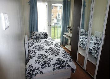 Thumbnail Room to rent in Elizabeth Close, Poplar