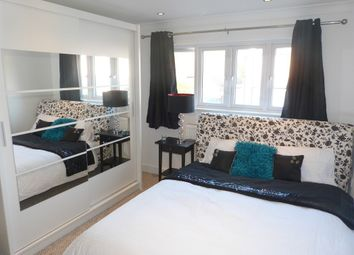 Thumbnail Room to rent in Minster Road, Bromley, Kent