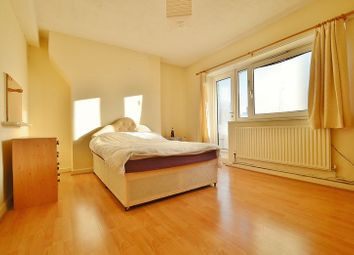 Thumbnail Room to rent in Colville Estate, London
