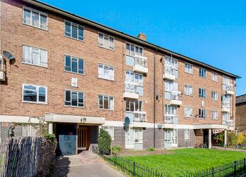 Thumbnail 3 bed flat to rent in Crewdson Road, Oval
