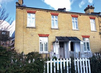 Thumbnail 2 bed cottage for sale in Imperial Square, London