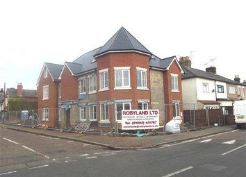 Thumbnail 2 bedroom flat to rent in Walton House, Walton Road, Hoddesdon