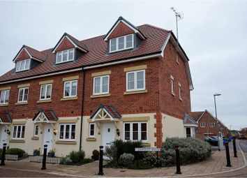 Thumbnail 3 bed town house for sale in Avocet Walk, Bracknell