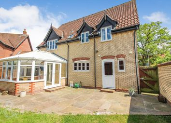 4 bed detached house for sale in Blackthorn Way, Poringland, Norwich NR14