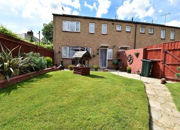 Thumbnail 3 bedroom terraced house for sale in Meadowside, Dartford, Kent