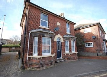 Thumbnail 3 bed property to rent in Simons Lane, Colchester