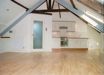 Thumbnail Studio to rent in High Street, Totnes