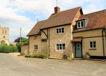 Thumbnail 3 bed cottage for sale in High Street, Long Crendon, Aylesbury