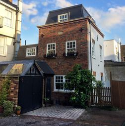 Thumbnail 4 bedroom detached house for sale in Bridle Mews, High Barnet, Barnet