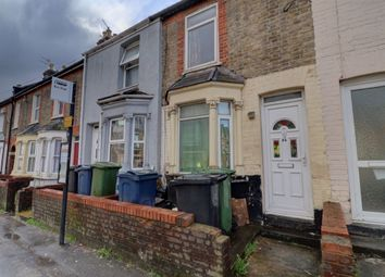 Thumbnail 2 bed property to rent in Green Street, High Wycombe, Bucks
