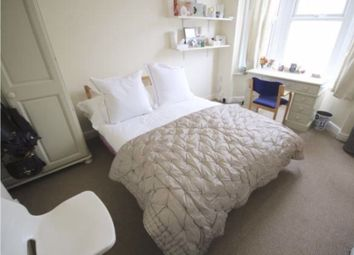 5 bed terraced house to rent in Northcote Road, Southsea PO4