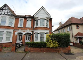 Elm Road, Leigh-On-Sea, Essex SS9. 3 bed flat