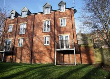 Thumbnail 2 bedroom flat to rent in Little Mill Court, Stroud