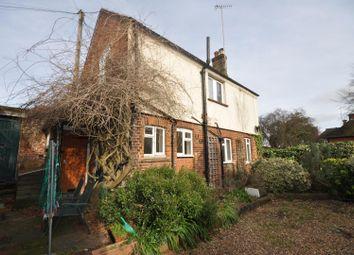 Thumbnail 2 bedroom cottage to rent in Uxbridge Road, Rickmansworth