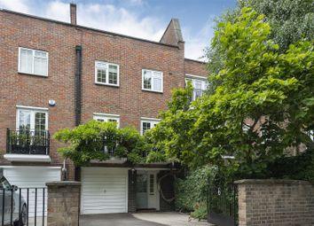Blomfield Road, Little Venice, London W9. 4 bed town house