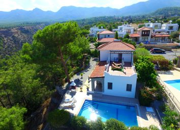 Thumbnail 3 bed villa for sale in Karaagac