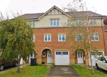 Fitzroy Drive, Lee-On-The-Solent PO13. 3 bed terraced house