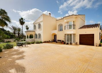 Thumbnail 5 bed villa for sale in Fuego, Estepona, Málaga, Andalusia, Spain