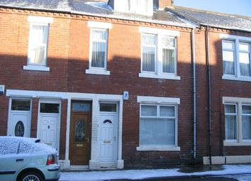 Thumbnail 3 bed flat to rent in Collingwood Street, South Shields