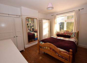 Thumbnail Room to rent in The Drive, Chingford