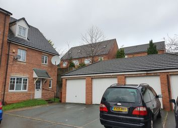 2 bed flat to rent in Saddlecote Close, Crumpsall, Manchester M8