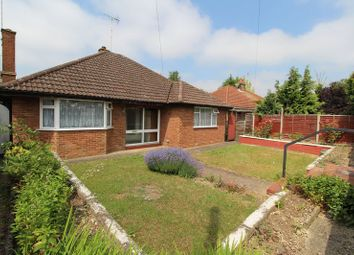 Thumbnail 2 bedroom detached house for sale in Barton Road, Luton