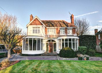 Thumbnail 6 bed detached house to rent in Mill Road, Marlow