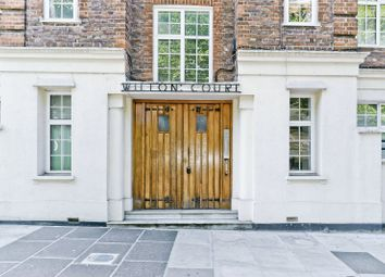 Thumbnail 1 bed flat to rent in Wilton Court, Sheen Road, Richmond