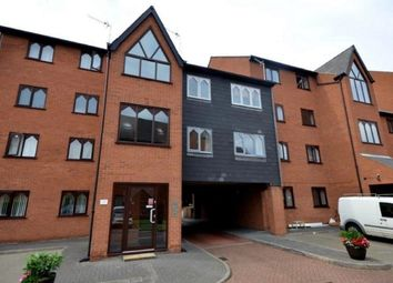 2 bed flat to rent in Grosvenor Crescent, Grimsby DN32