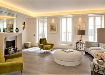 Thumbnail 3 bed mews house for sale in Eaton Mews South, Belgravia