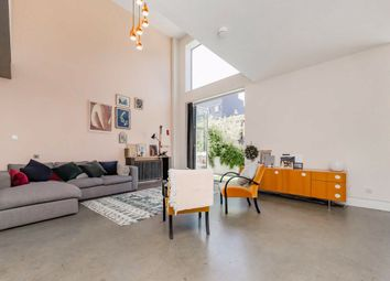 3 bed property for sale in Gransden Avenue, London E8