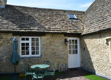 Thumbnail 3 bedroom flat to rent in High Street, Lechlade