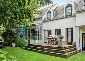 Thumbnail 4 bed property for sale in Issy Les Moulineaux, Paris, France