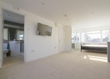Property to rent in Tavistock Avenue, Perivale, Greenford UB6