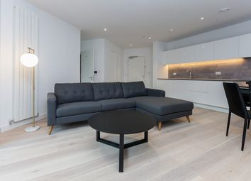 Thumbnail 2 bed flat to rent in Adniralty Avenue, Canary Wharf
