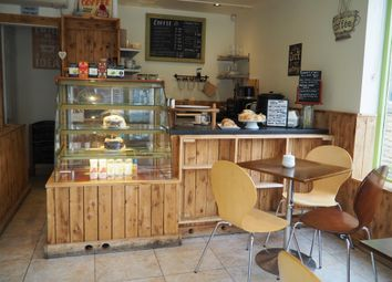 Thumbnail Restaurant/cafe for sale in Cafe & Sandwich Bars LS28, West Yorkshire