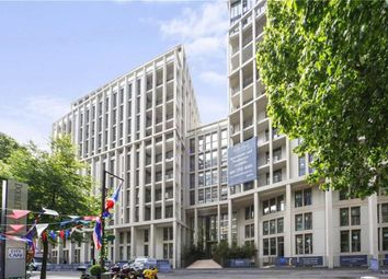 Thumbnail 2 bed flat to rent in Abell House, Westminster, London