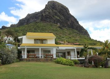 Thumbnail 3 bed villa for sale in Le Morne, Mauritius