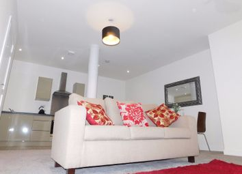 1 bed flat to rent in 2 Manor Row, City Centre, Bradford BD1